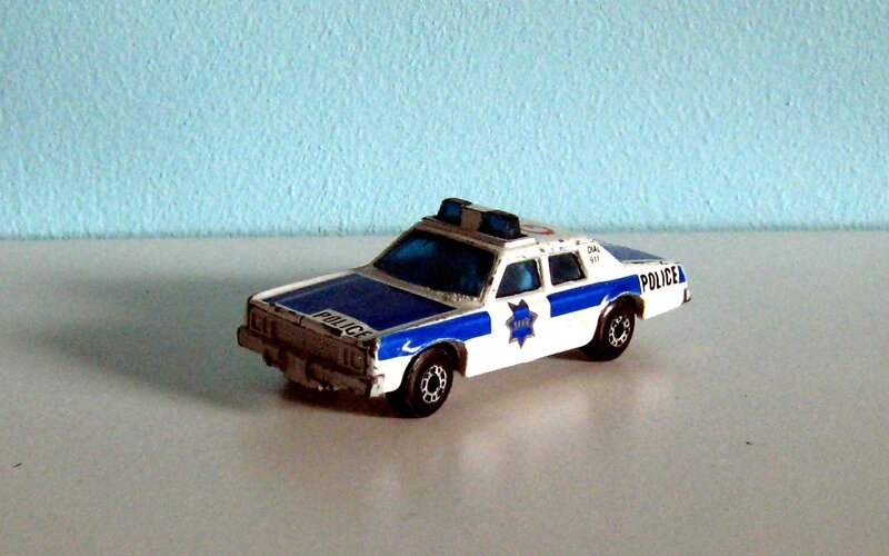 Plymouth gran fury (Matchbox)