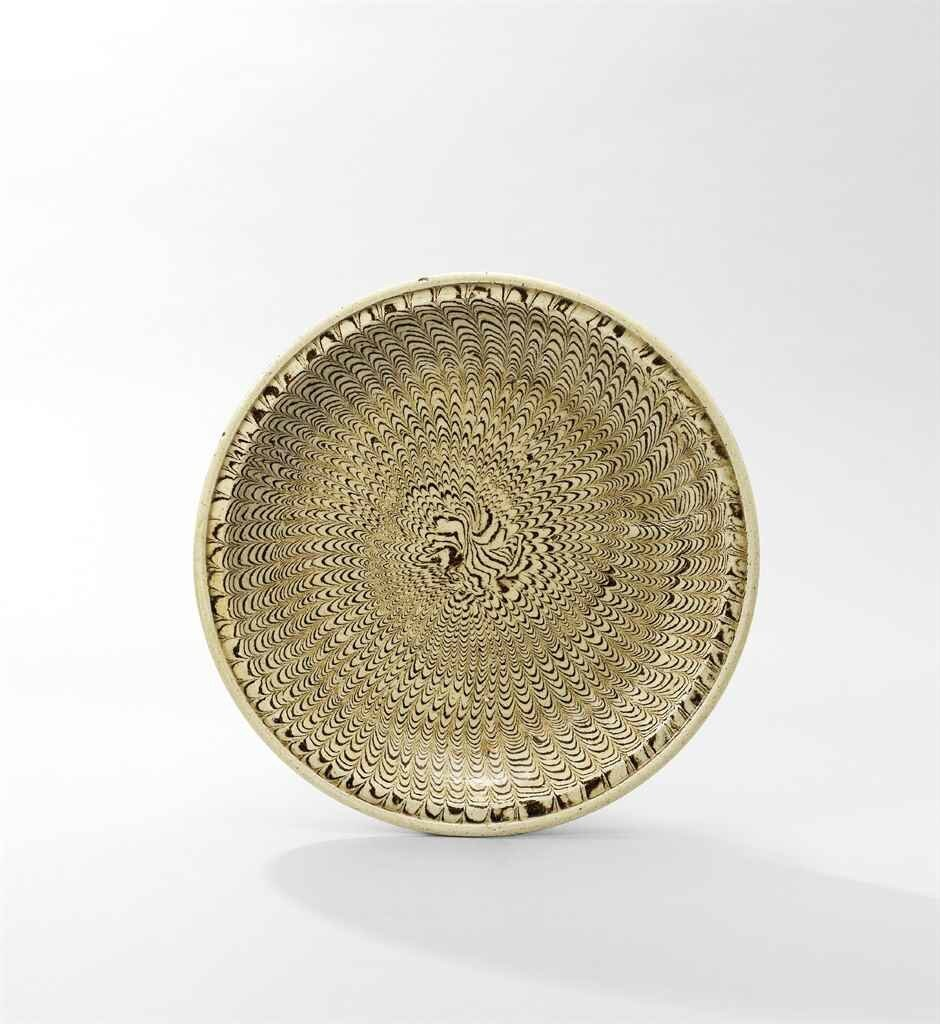 A rare marbled-glazed dish, Northern Song-Jin Dynasty (960-1234)