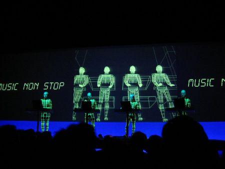 20040323_kraftwerk_in_de_ab_54_music_non_stop