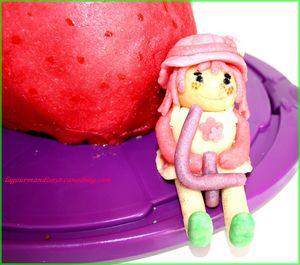 gateaux charlotte aux fraises gros plan