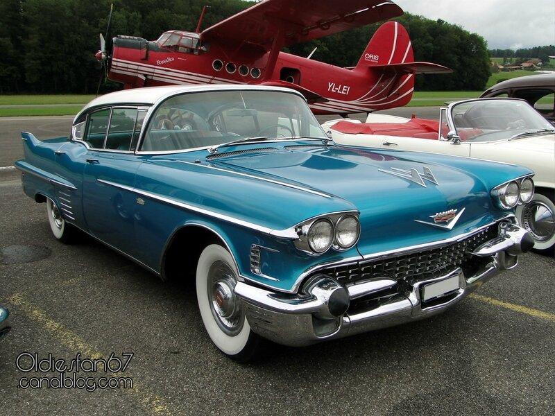cadillac-62-sedan-1958-1