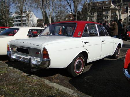 FORD Taunus 17M Super P5 4 portes 1964 à 1967 Retrorencard 2