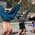 Inde: la capitale mondiale du yoga en pleine lévitation