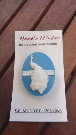 Anne_needle_minder