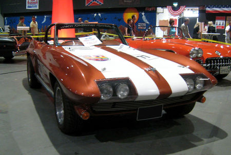 Chevrolet_corvette_convertible_01