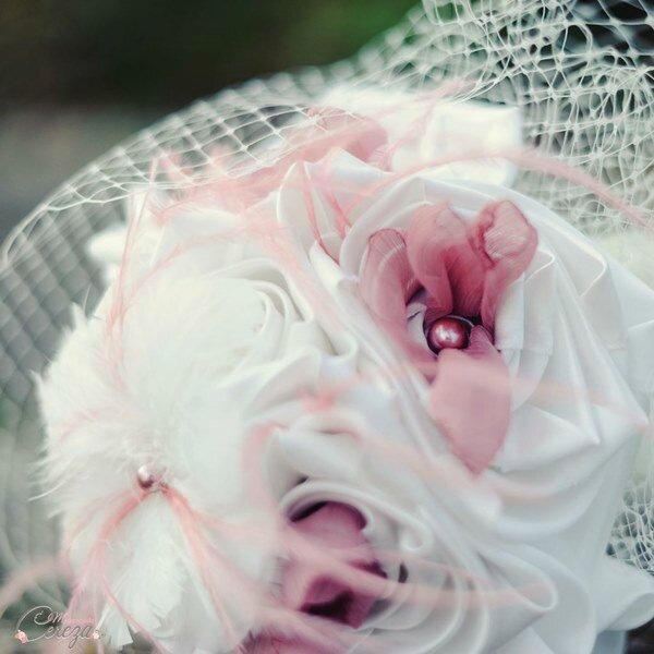 bouquet-mariage-original-retro-plumes-voilette-vieux-rose-ivoire-mademoiselle-cereza-1-600