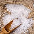 Utilisation magique du sel pour attirer l'argent