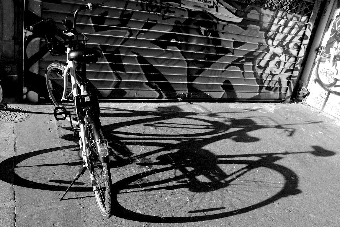 vélo, ombres, n&b_3052
