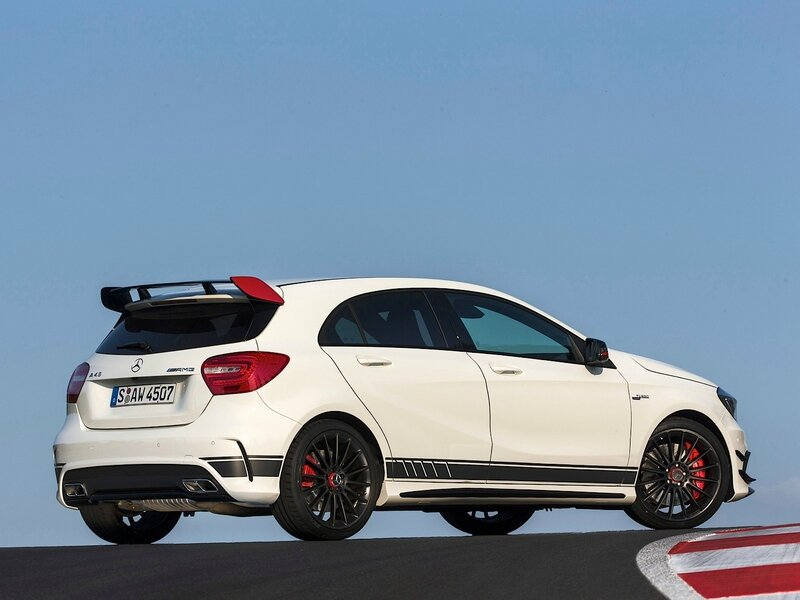 a45-amg-edition-1-driven-on-track-video_8