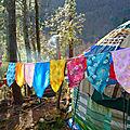 Drapeaux, banières, fanions, guirlandes et banderoles en nature