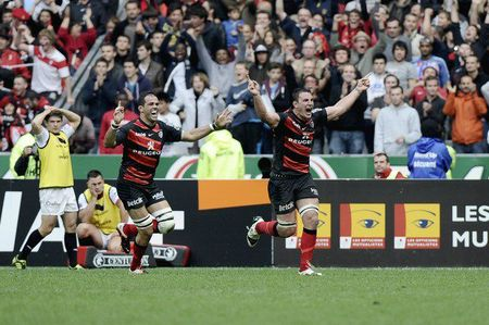 2040591_rug043-rugbyu-fra-top14-toulouse-toulon-326237-01-02