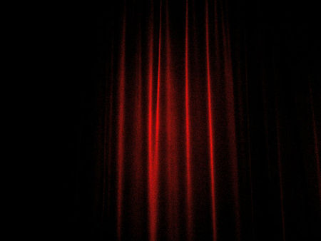 Curtain_Closed_by_Missroz