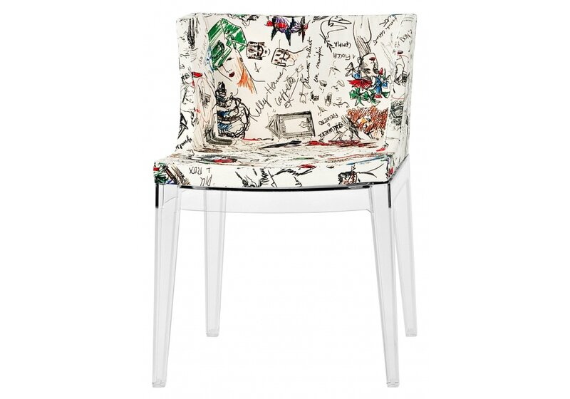 550 E mademoiselle-a-la-mode-moschino-chaise-kartell
