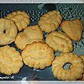 Petits biscuits aux épices et à l'orange