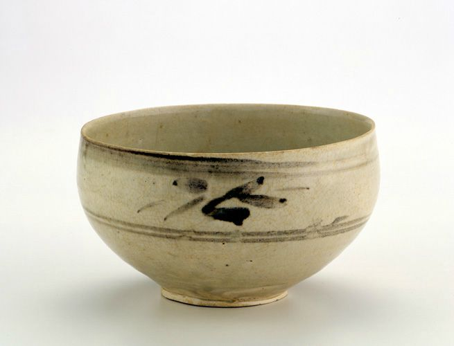 Bowl, late 13th-14th century. Trân dynasty. Vietnam