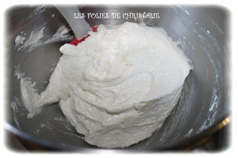 Bûche vanille fraise 7