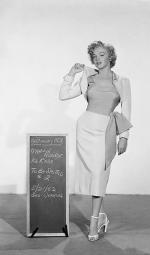 1952-05-21-niagara-test_costume-jeakins-not_in_movie-051-1