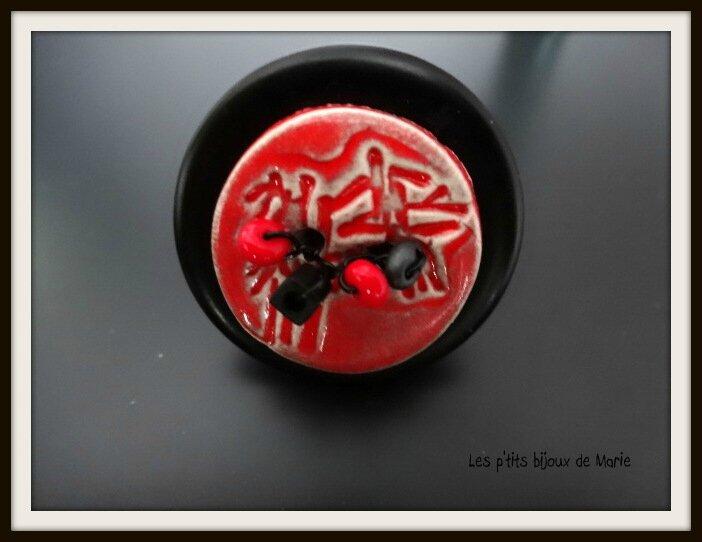 Bague noire et rouge esprit Zen