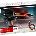 My collection : new objet n° 171 - disney poe dameron boosted x-wing