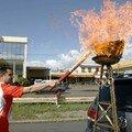 Le relais de la flamme olympique se poursuit en Grèce