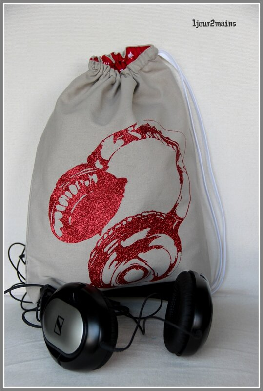 sac audio rouge