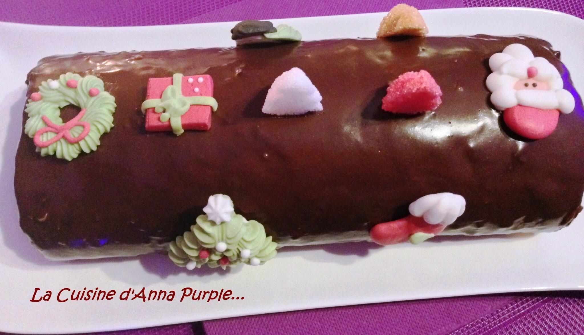 BUCHE CHOCOLAT PRALINE CROQUANTE 1 - LA CUISINE DANNA PURPLE