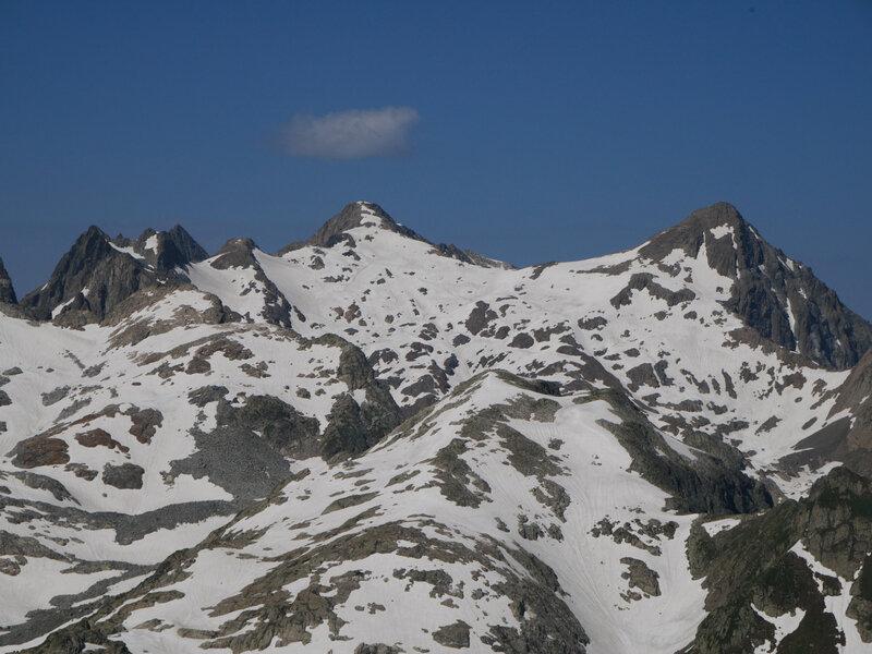 zoom sur le Rocher Blanc...