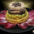 Foie gras de canard à la truffe et aux pommes caramélisées