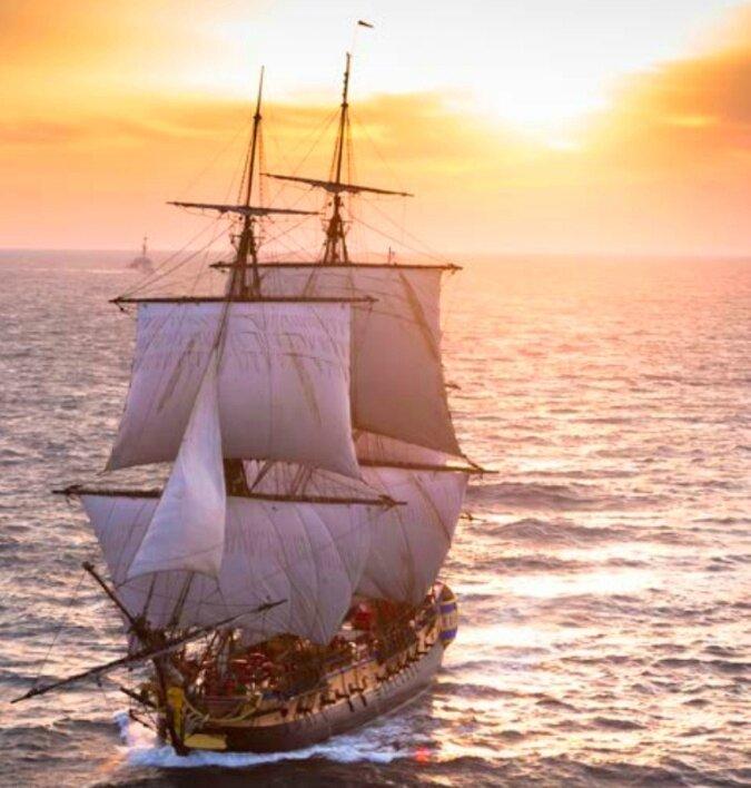 hermione-navire-fregate-escale-vieux-port