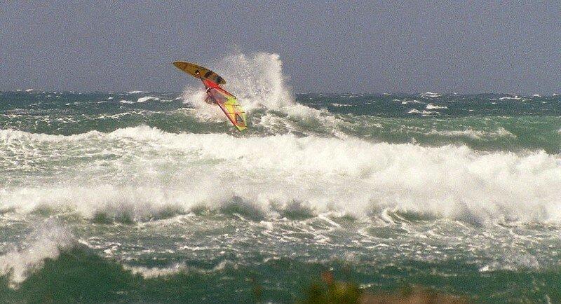 Aerial Scotché et pris à contre , Wind On Shore ...