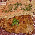 Escalopes de veau panées et sauce à la sara.