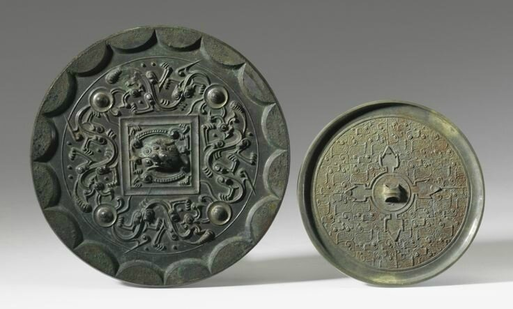 Two bronze mirrors, Warring States Period and Western Han Dynasty