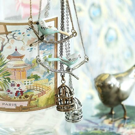 budgie-and-bird-in-cage-necklaces-6023-pekm437x437ekm