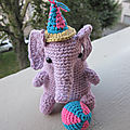 Test crochet - toco the circus elephant...
