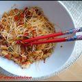 Wok crevettes - poivrons- gingembre et nouilles chinoises