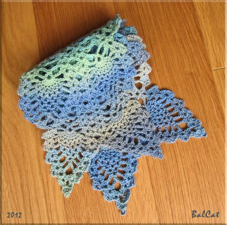 AnanasScarf2Rows03