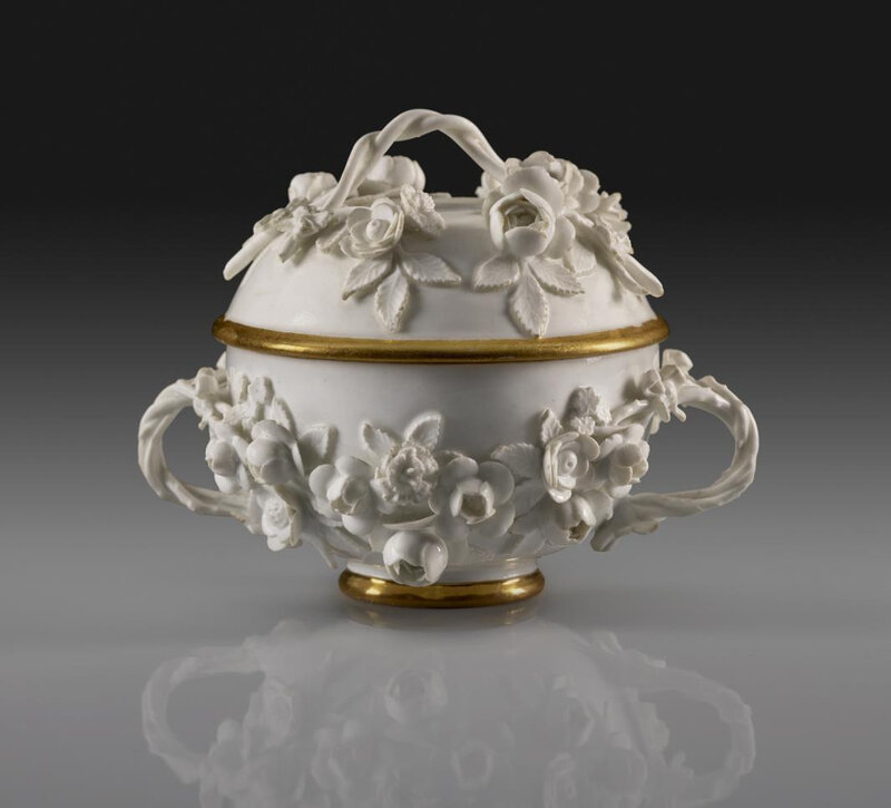 14a_Meissen_Small_Two-Handled_Bowl_2000