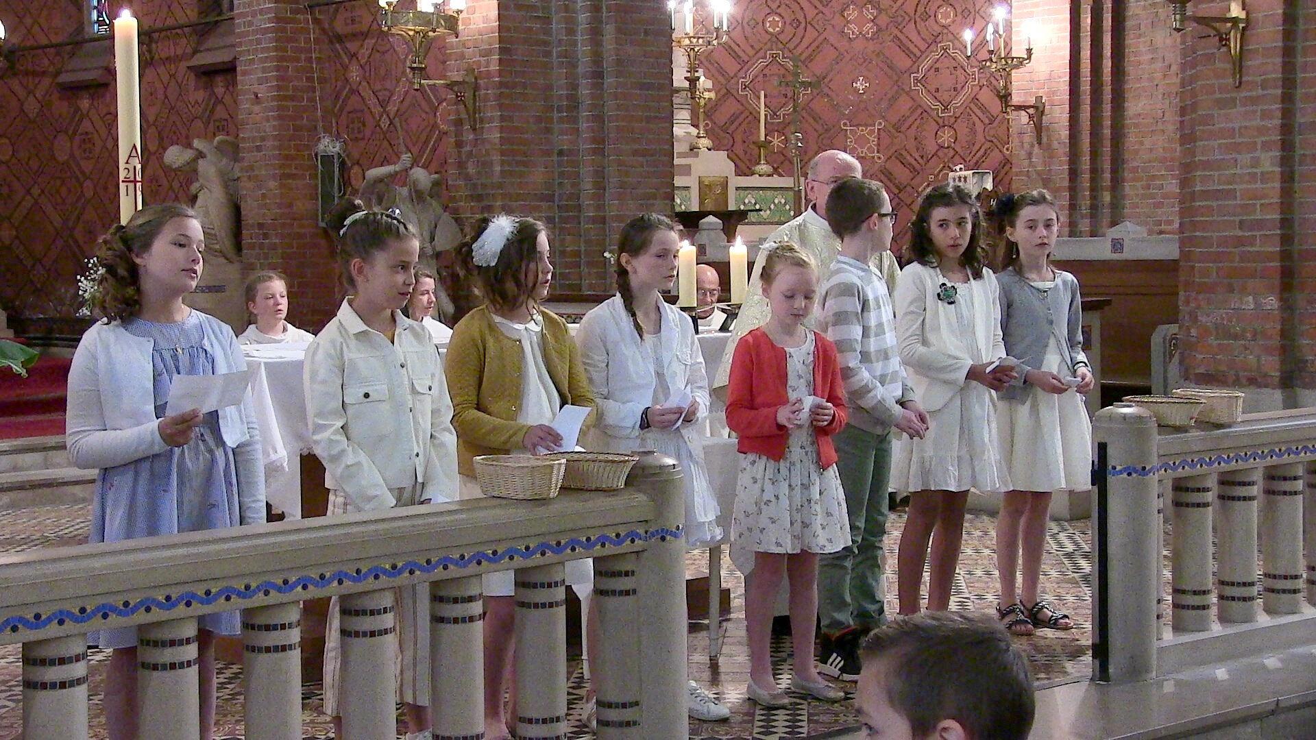2019-05-12-entrées eucharistie (54)