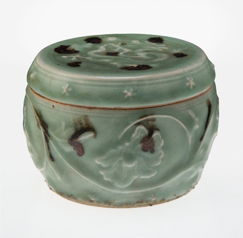 A Chinese Tobi Seiji Decorated Longquan Celadon Covered Jar, Yuan Dynasty, 14th century