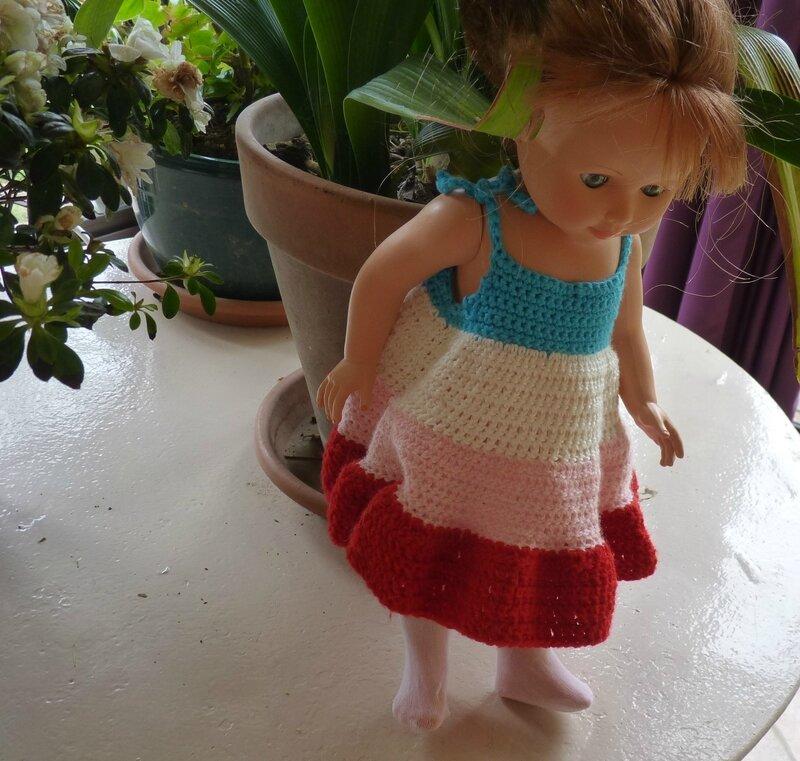 Robe au crochet poupée 40cm (4)