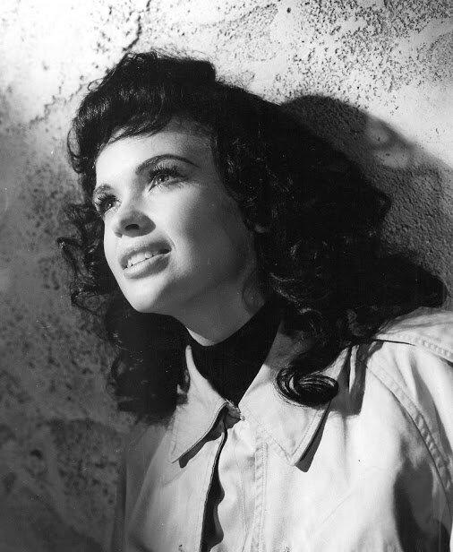 jayne-1960-film-gli_amori_di_ercole-portrait-2