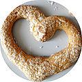 Bonne fête aux mamans... et des biscuits à la cuillère transformés en coeurs moelleux pour les fêter !