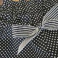 Culotte en coton noir à petits pois blancs et noeud rayé noir et blanc (1)