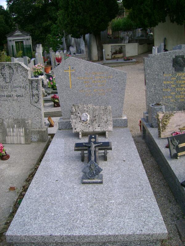 254 - Tombe de la famille Schaller