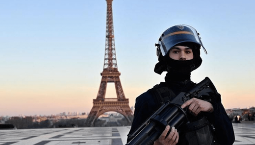 french_armed_police_lockdown_e
