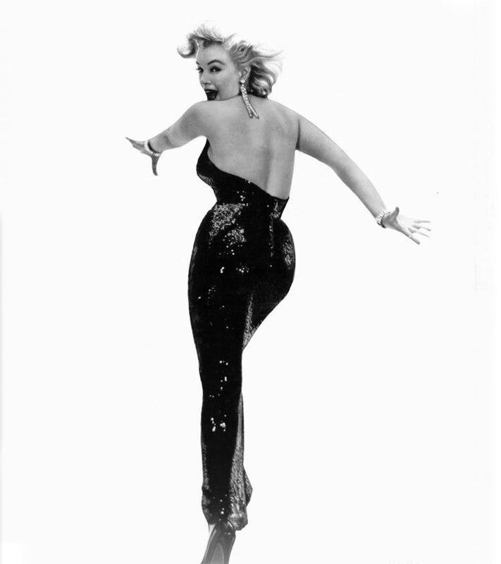 1957-05-06-NY-by_richard_avedon-01-TPATS-sitting_dress-011-1b