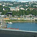 Vue depuis le toit : Un festival et un gros chantier!
