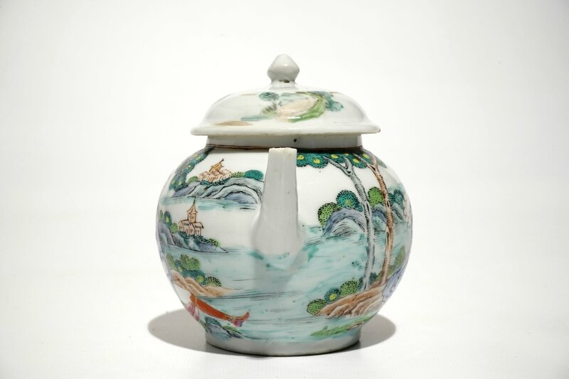 a-chinese-famille-rose-teapot-and-cover-with-erotical-design-qianlong-4