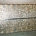 Birkenau, mur de photos (Pologne)