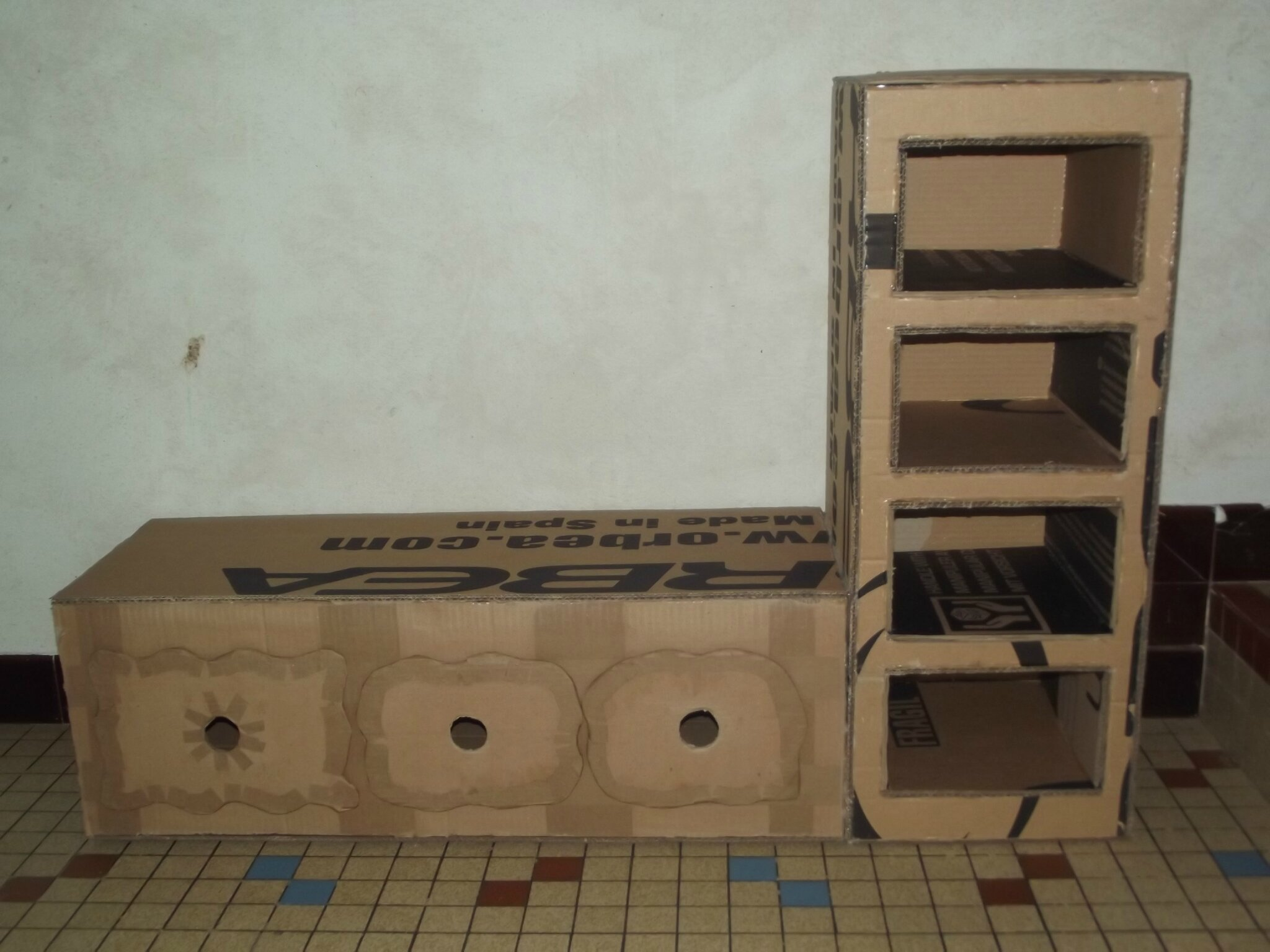 mes choses en carton les babioles de fannyboop. Black Bedroom Furniture Sets. Home Design Ideas